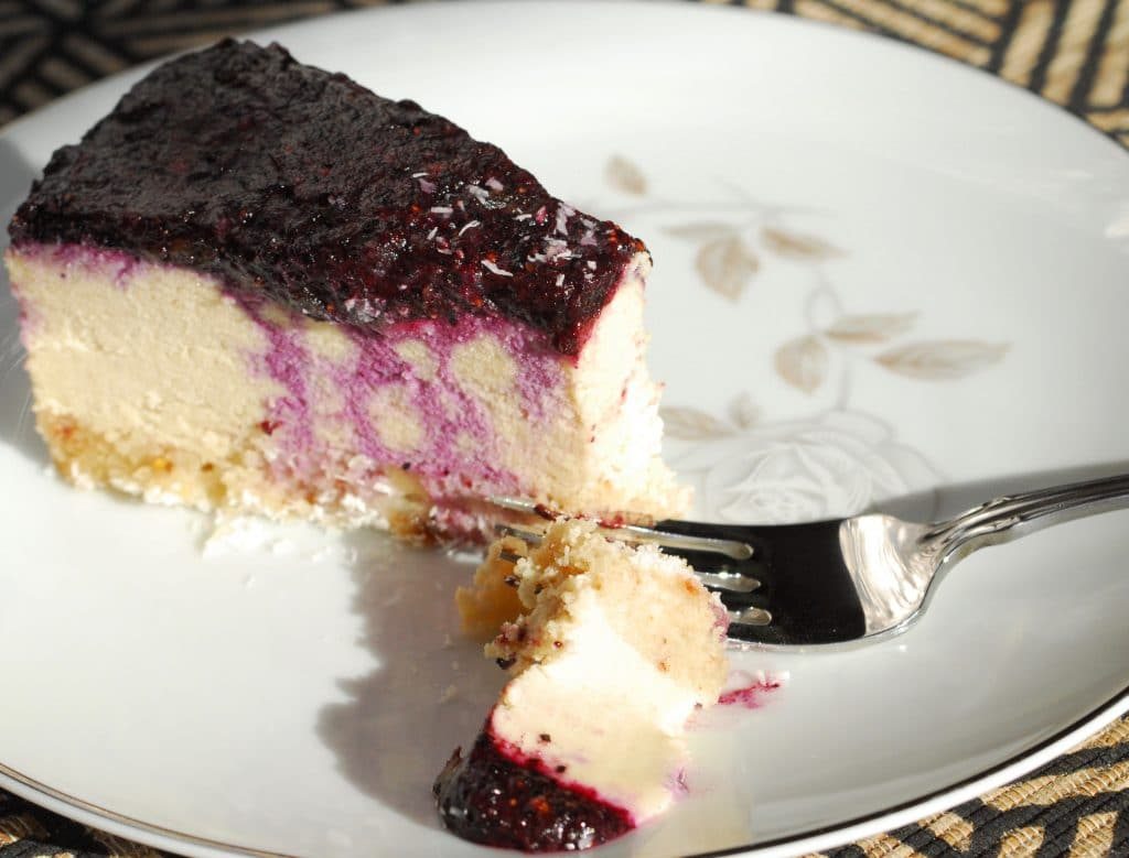 Cheese-less CheeseCake | thenourishedfamily.com